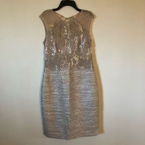 Kay Unger gold sequin lace formal dress